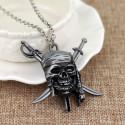 Řetízek Piráti z Karibiku - lebka (stříbrná)