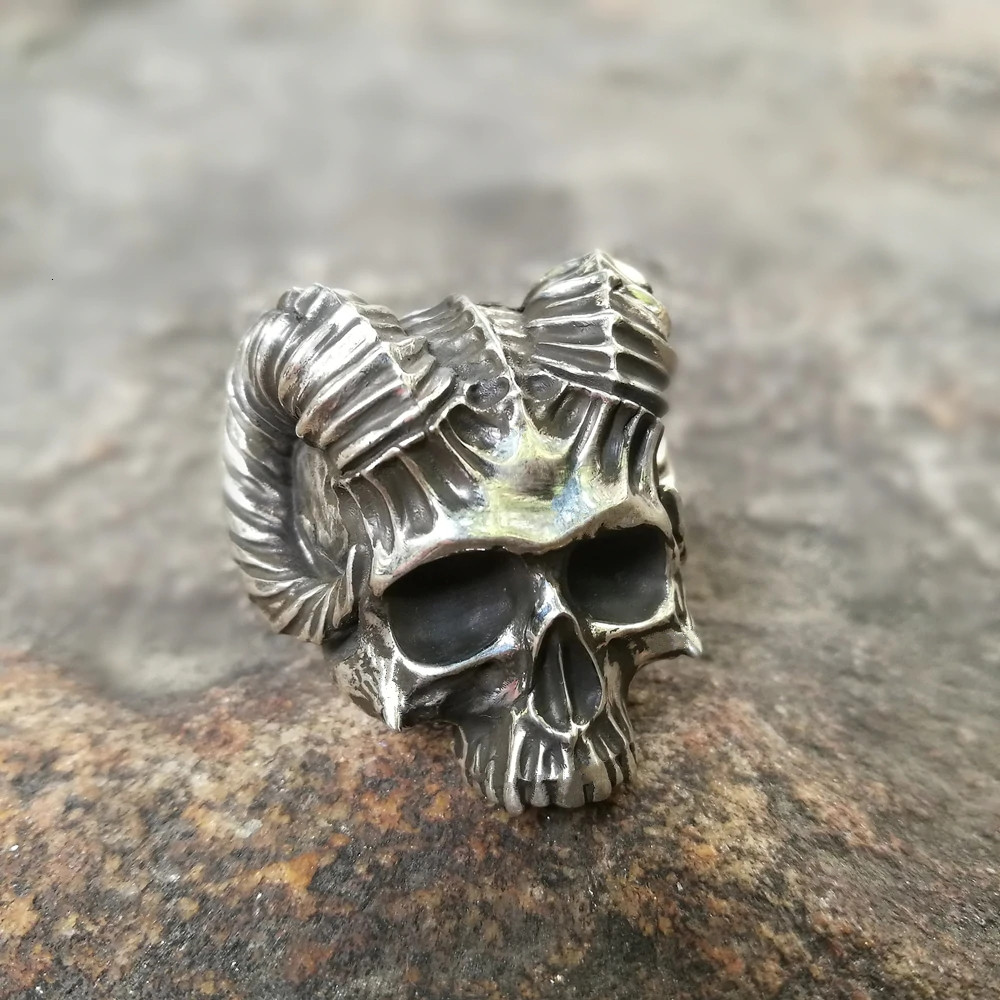 Prsten Lebka kozla (chirurgická ocel)