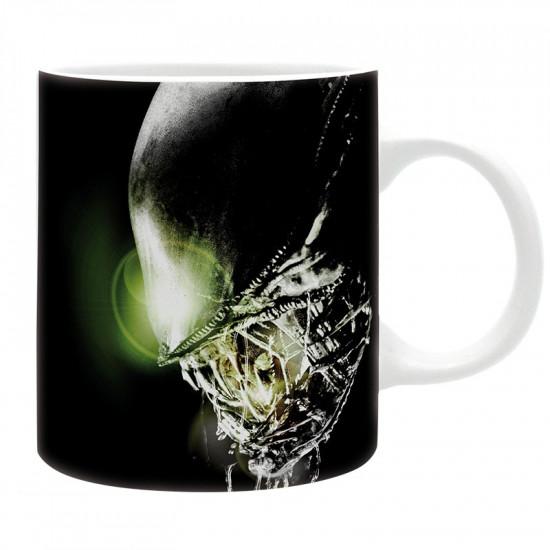 Hrnek Vetřelec - Alien - In space...